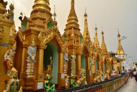 Thăm ngôi chùa dát vàng linh thiêng nhất Myanmar