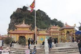 Du lịch Đồ Sơn - Khám phá đền Bà Đế.