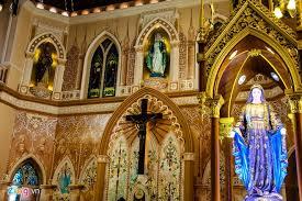 Tượng đức mẹ Maria trong thánh đường người Việt ở Thái Lan