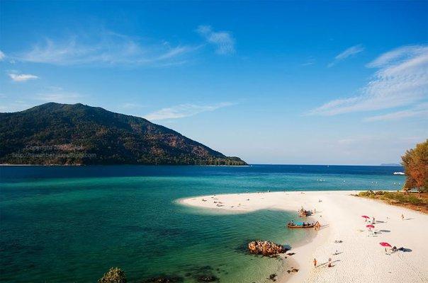 Vẻ đẹp thiên nhiên của bãi biển Karma Thái Lan